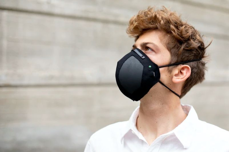 Israeli startup develops bacteria & virus killing COVID mask with Graphene filter