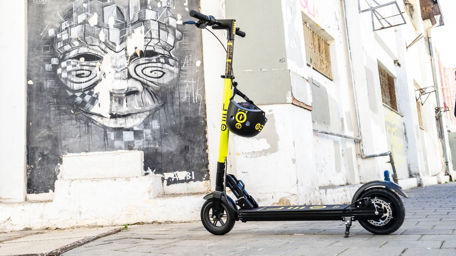 Adam Neumann's Selina hotels & partners join forces with E-scooter platform LEO