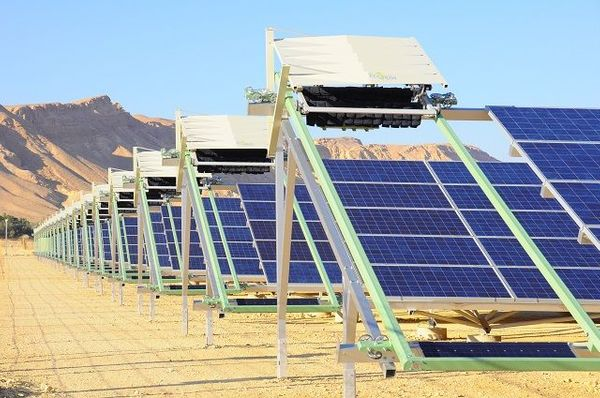 Israeli startup raises $40M, deploying robots to clean solar panels